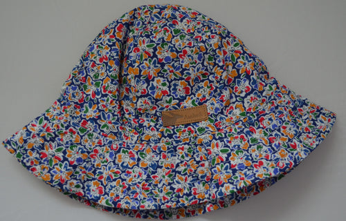 Aardvark Colourful Bucket Hat