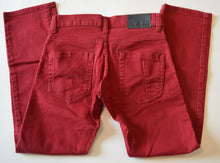 Load image into Gallery viewer, Denizen Levis Red Skinny Fit Regular Jeans
