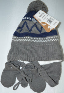 NWT Toys R Us Grey and Blue Winter Hat with Mittens on a String