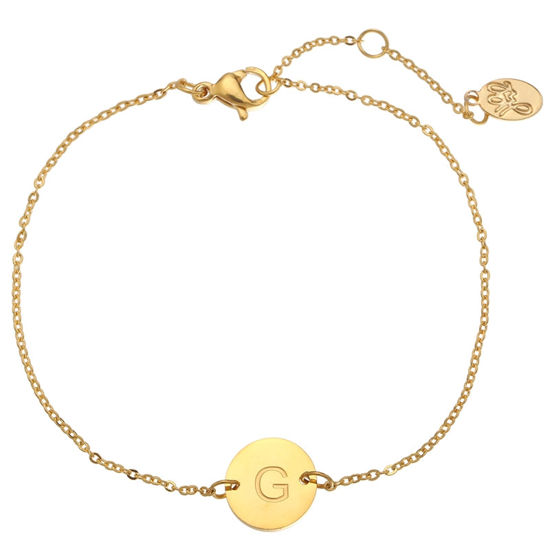 Letter armband goud