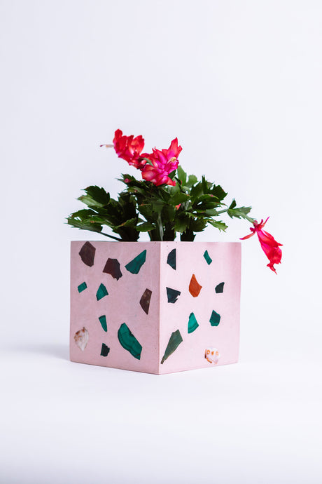 Weekend Flowers Vase/Planter - Elara