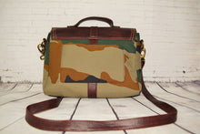 Load image into Gallery viewer, SNAZZY | A Statement Handbag