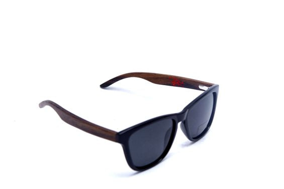 All You Need is Polarize Wood Frame Sunglasses
