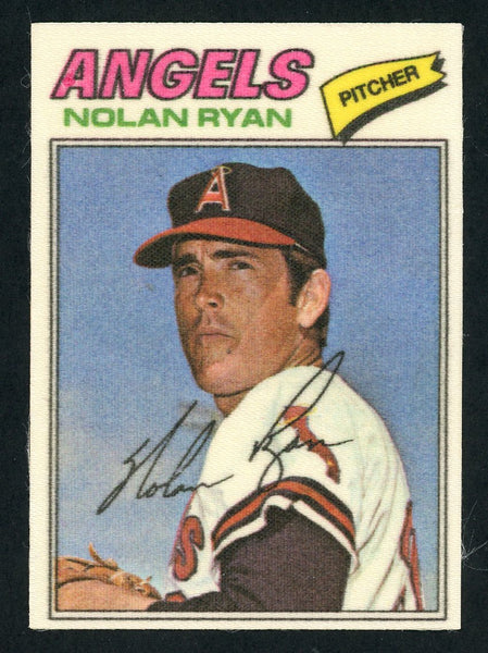 1977 Topps Cloth #40 NOLAN RYAN NmMt