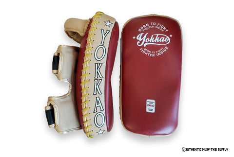 Yokkao® Double velcro kick pads | Vintage red