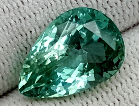 6.95 CT GREEN SPODUMENE GEMSTONE IGCNESP58
