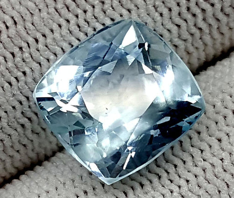 7CT AQUAMARINE UNHEATED GEMSTONES IGCNAQ21