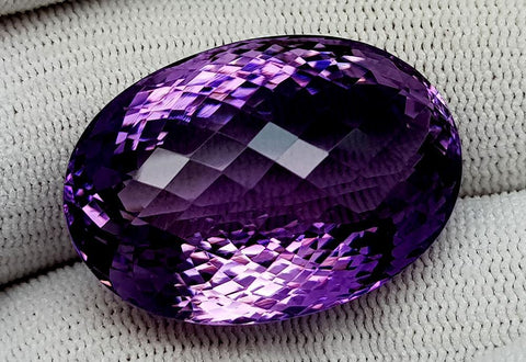 59CT NATURAL AMETHYST GEMSTONES IGCAMTH09