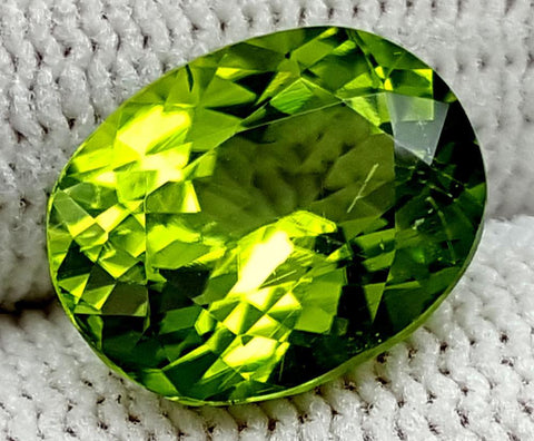 4.25CT Peridot  Of Pakistan Origin igctnpp11