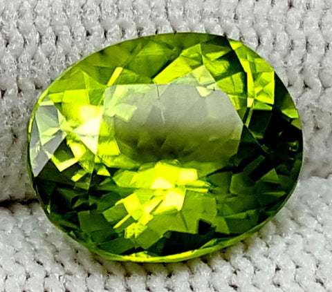 4.15CT Peridot  Of Pakistan Origin igctnpp16