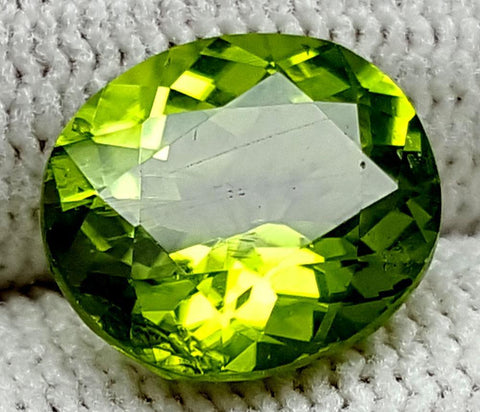 4CT  Peridot  Of Pakistan Origin igctnpp17