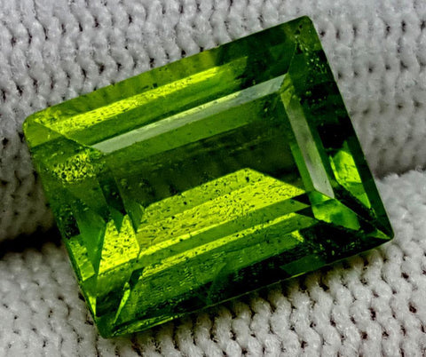 6.55CT  Peridot  Of Pakistan Origin igctnpp63