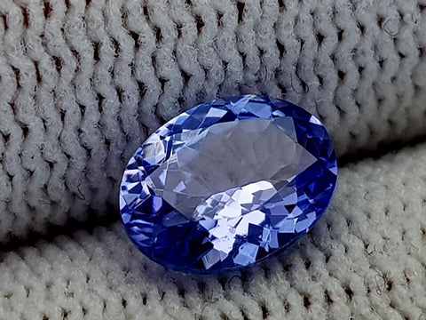 1.22ct Natural Tanzanite Gemstone igcntt25