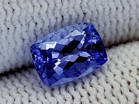 1.21ct Natural Tanzanite Gemstone igcntt35
