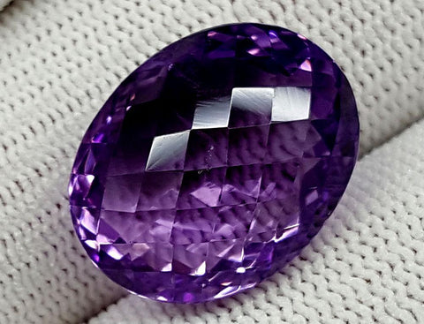 22CT NATURAL AMETHYST GEMSTONE IGCNAM11
