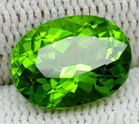 4.29 CT PERIDOT BEST COLOR OF PAKISTAN IGCNOP3