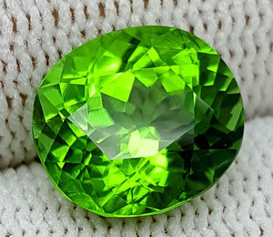4.55 CT PERIDOT BEST COLOR OF PAKISTAN IGCNOP5 - imaangems17