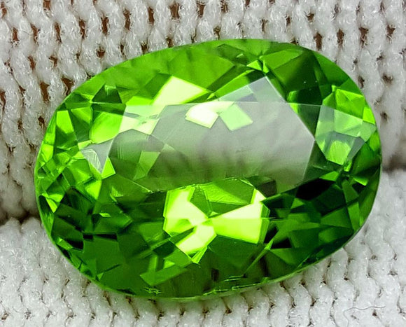 3.95 CT PERIDOT BEST COLOR OF PAKISTAN IGCNOP7 - imaangems17