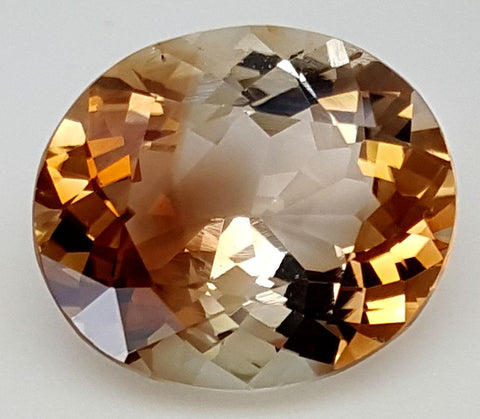 11.8 CT NATURAL TOPAZ GEMSTONE OF PAKISTAN IGCNT39