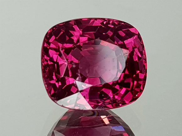 2.18CT NATURAL RED SPINEL  IGCSPIN01
