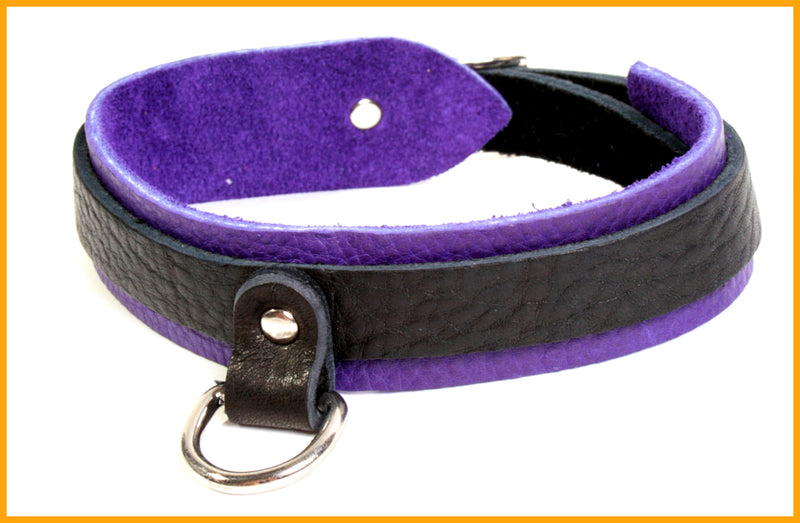 Luscious bullhide leather collar to match our popular bullhide restraints