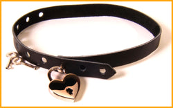 Black leather locking collar with Italian heart padlock
