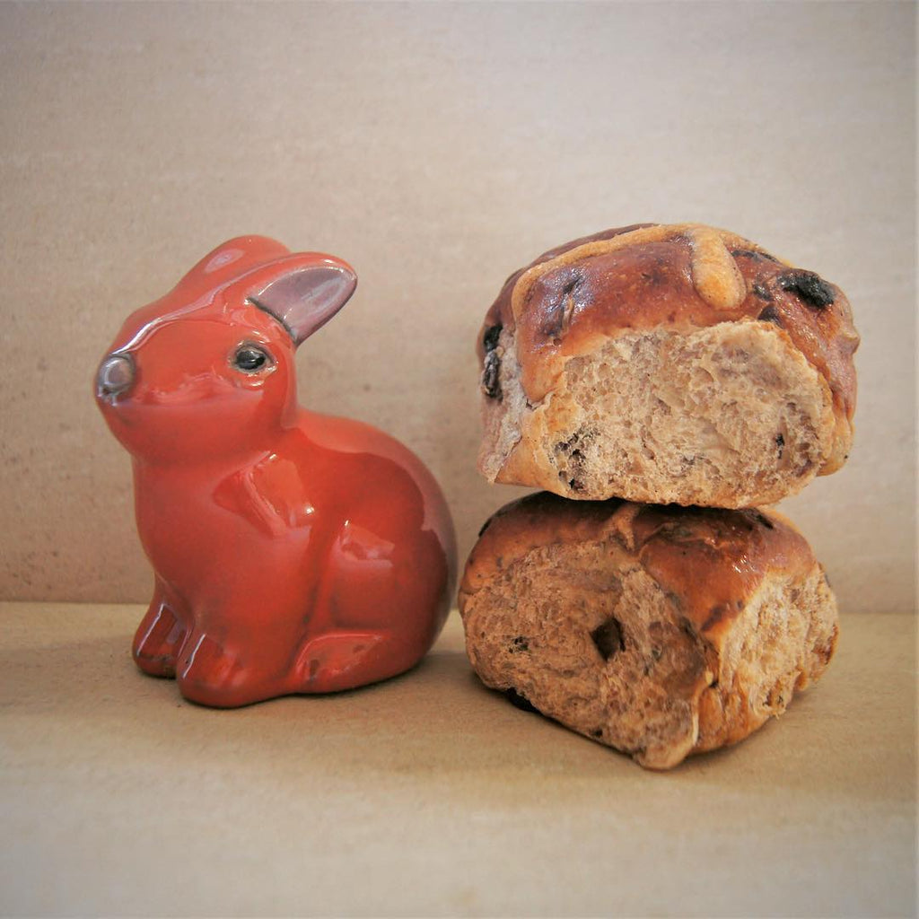 Easter hot cross bun freebies