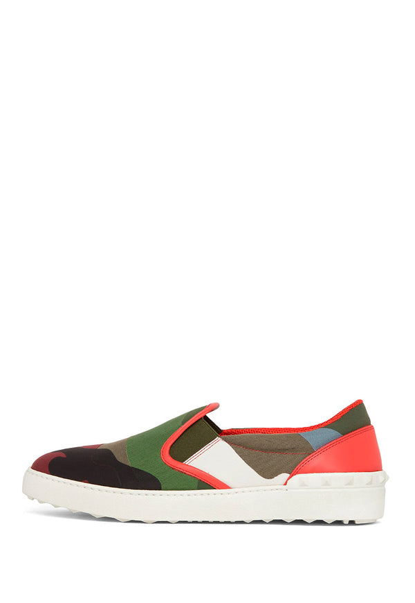TENIS SLIP ON CAMOUFLAGE RED