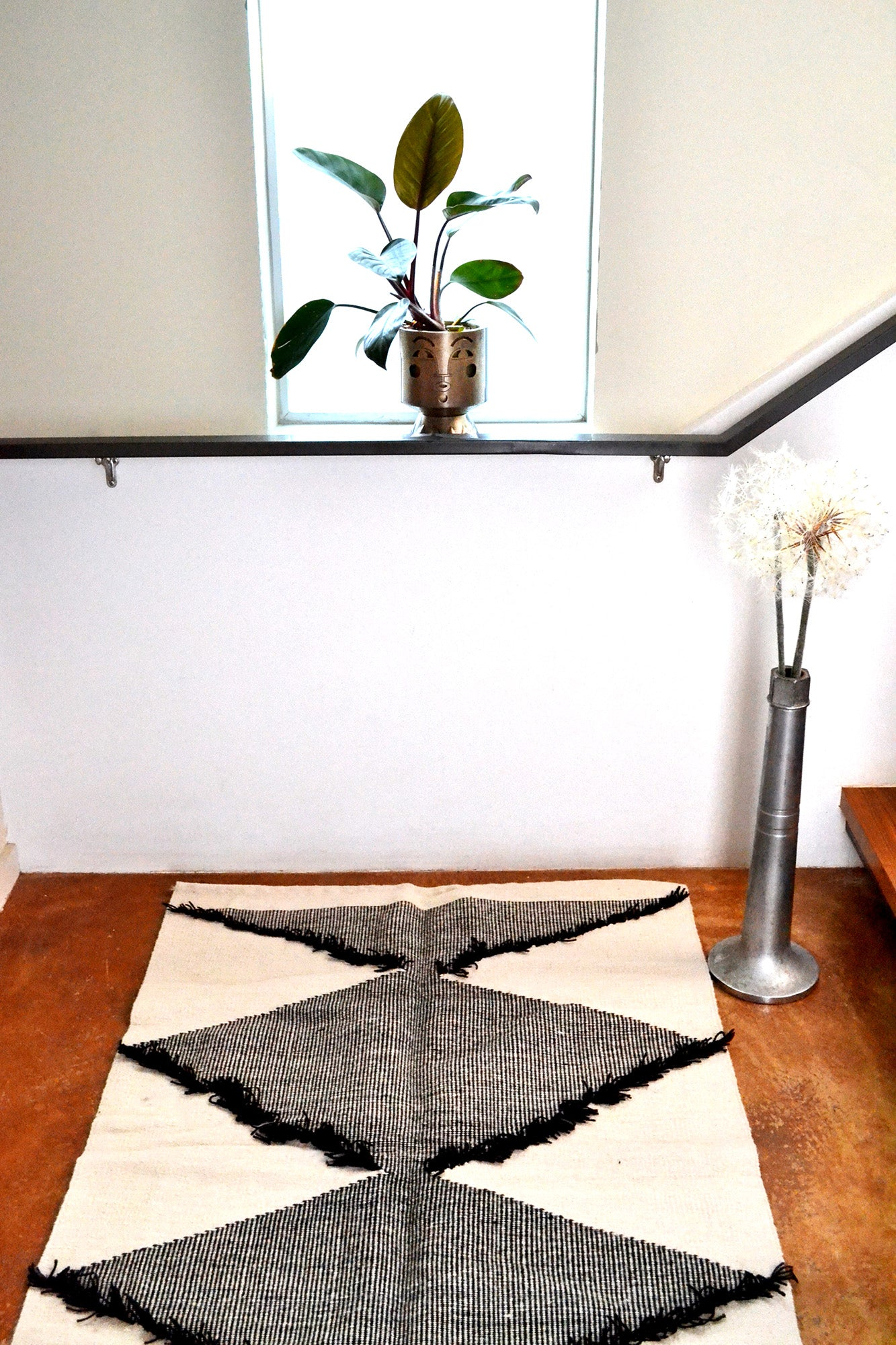Frilled Diamond Rug