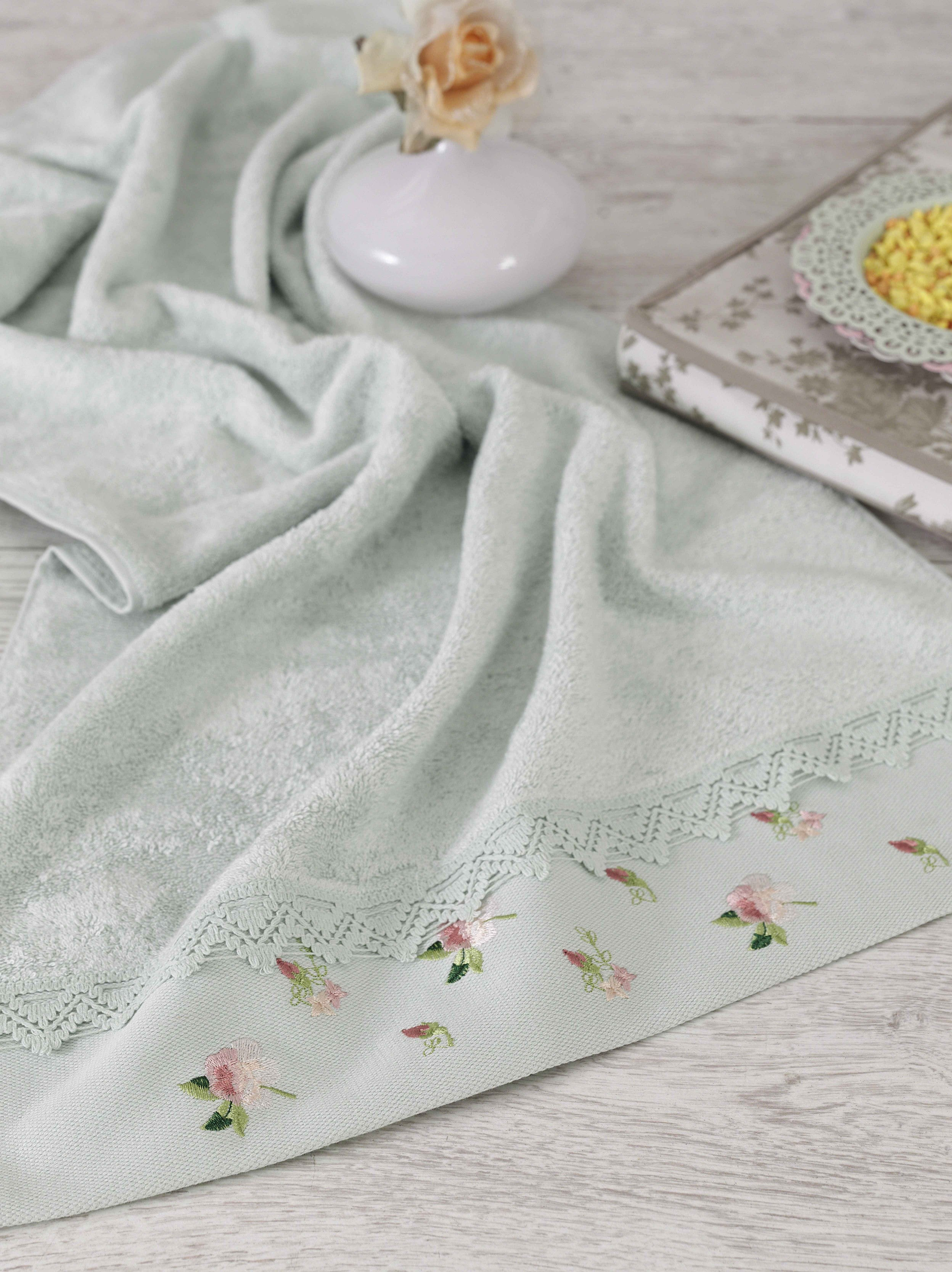 TURKISH EMBROIDERIED WITH LACE BAMBOO TOWEL IN 6 COLORS - COTTONISH