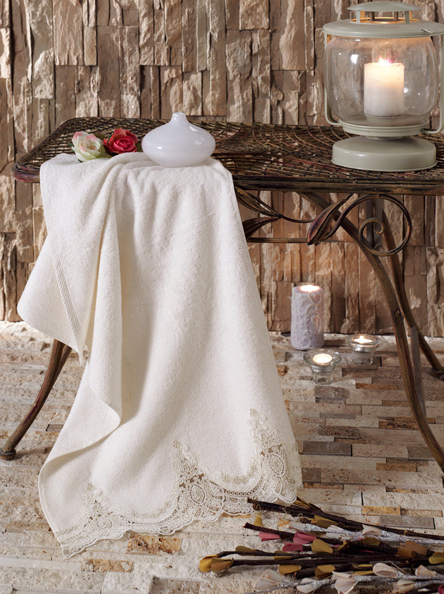 LUXURY BAMBOO TOWEL TURKISH MADE WITH FRENCH GUIPURE - COTTONISH