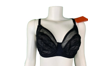 Lace Minimizer Bra and Lace Panty Set