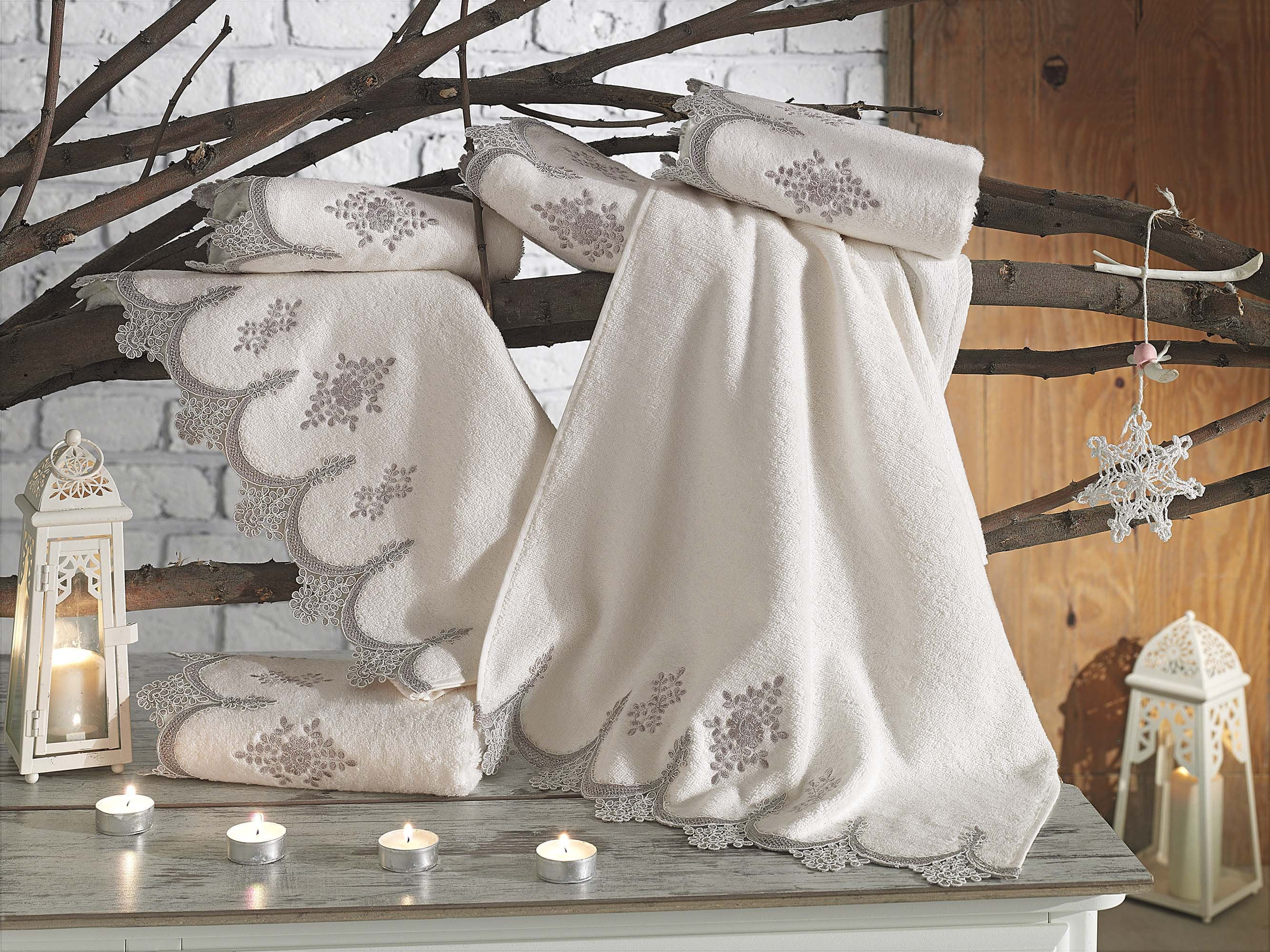 LUXURY TURKISH BAMBOO TOWEL WITH FRENCH GUIPURE & EMBROIDERY - COTTONISH