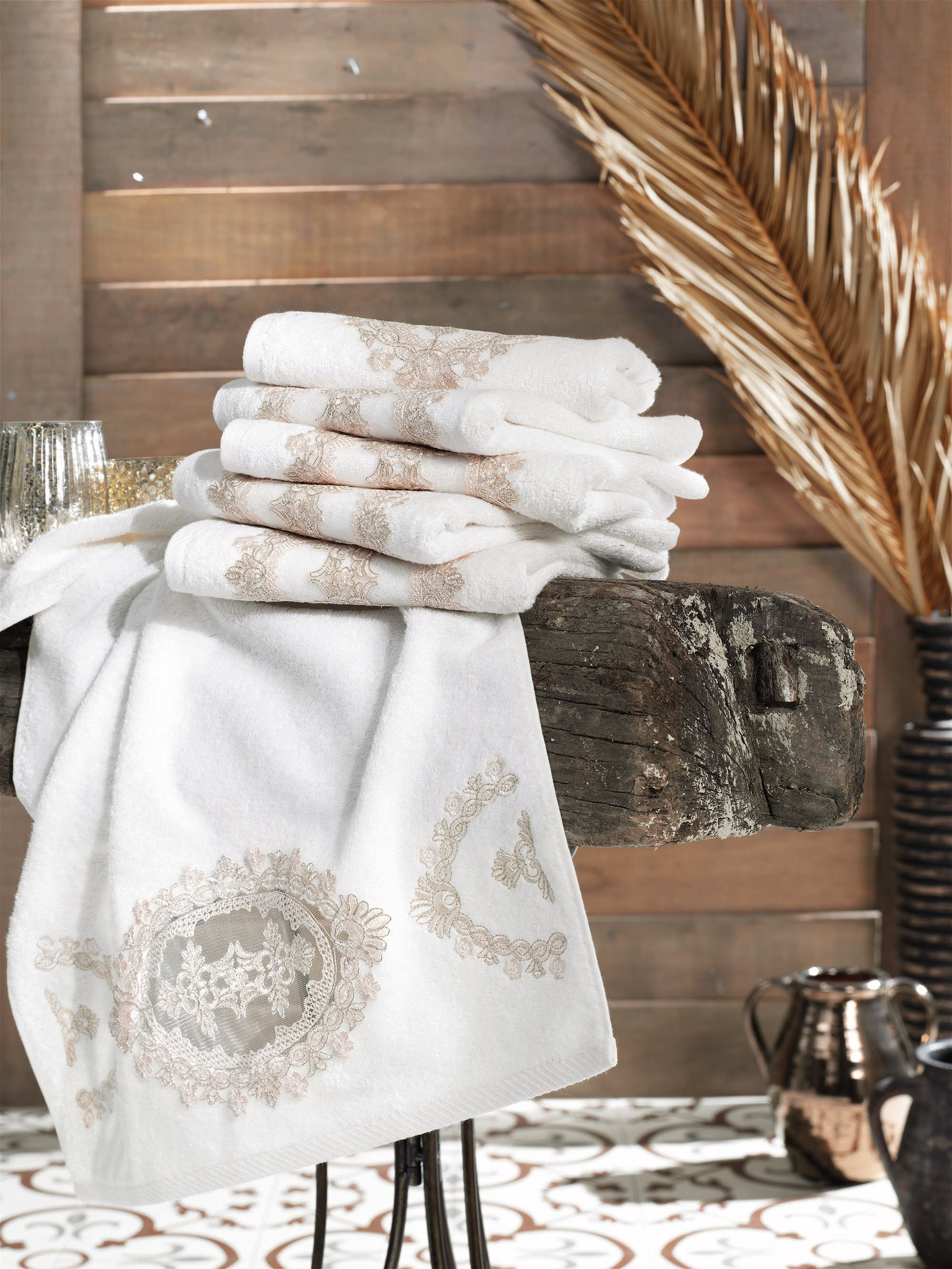 TURKISH BAMBOO FANCY TOWEL WITH FRENCH GUIPURE & EMBROIDERY - COTTONISH