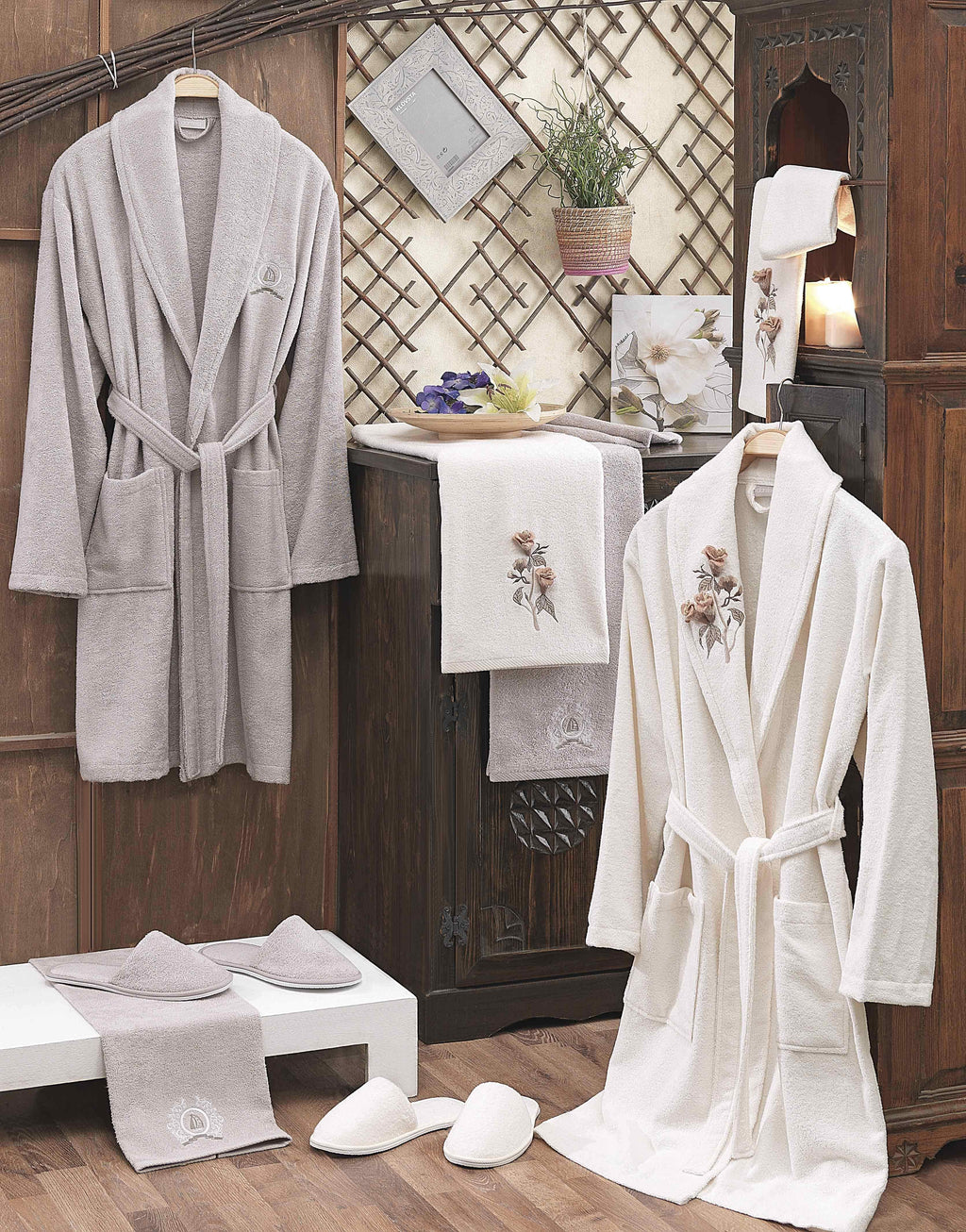 8PCS BAMBOO BATHROBE FAMILY SET WITH 3D FLOWER EMBROIDERY DESIGN - COTTONISH