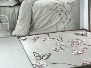 SATIN COTTON BEDDING SET WITH 3D BUTTERFLY
