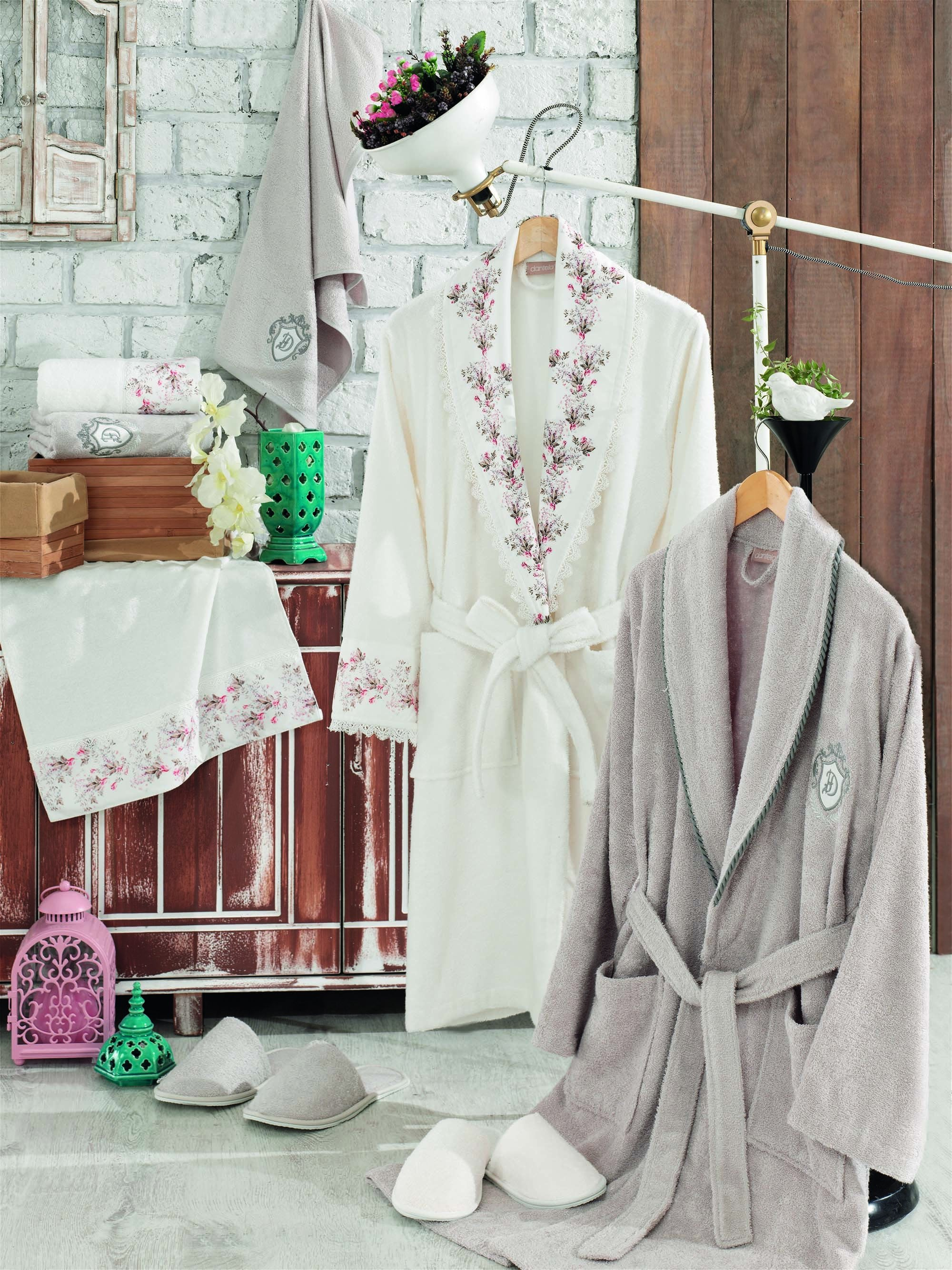 8PCS PREMIUM PRINTED BAMBOO BATHROBE FAMILY SET WITH FRENCH GUIPURE - COTTONISH