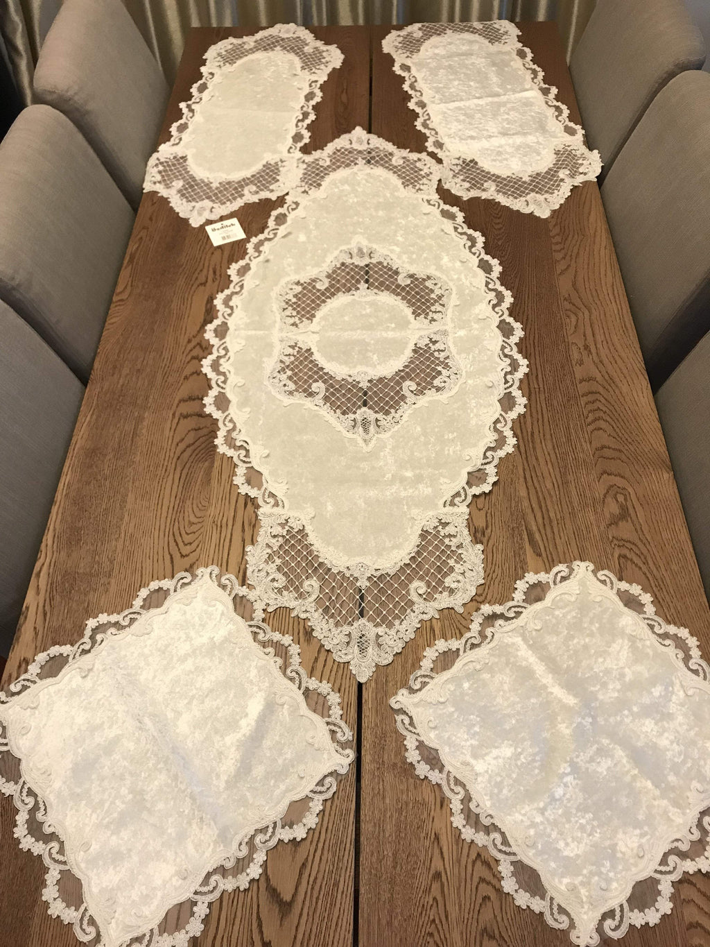 GUIPURE LACE TABLE RUNNER/TOPPER PLUTO - COTTONISH
