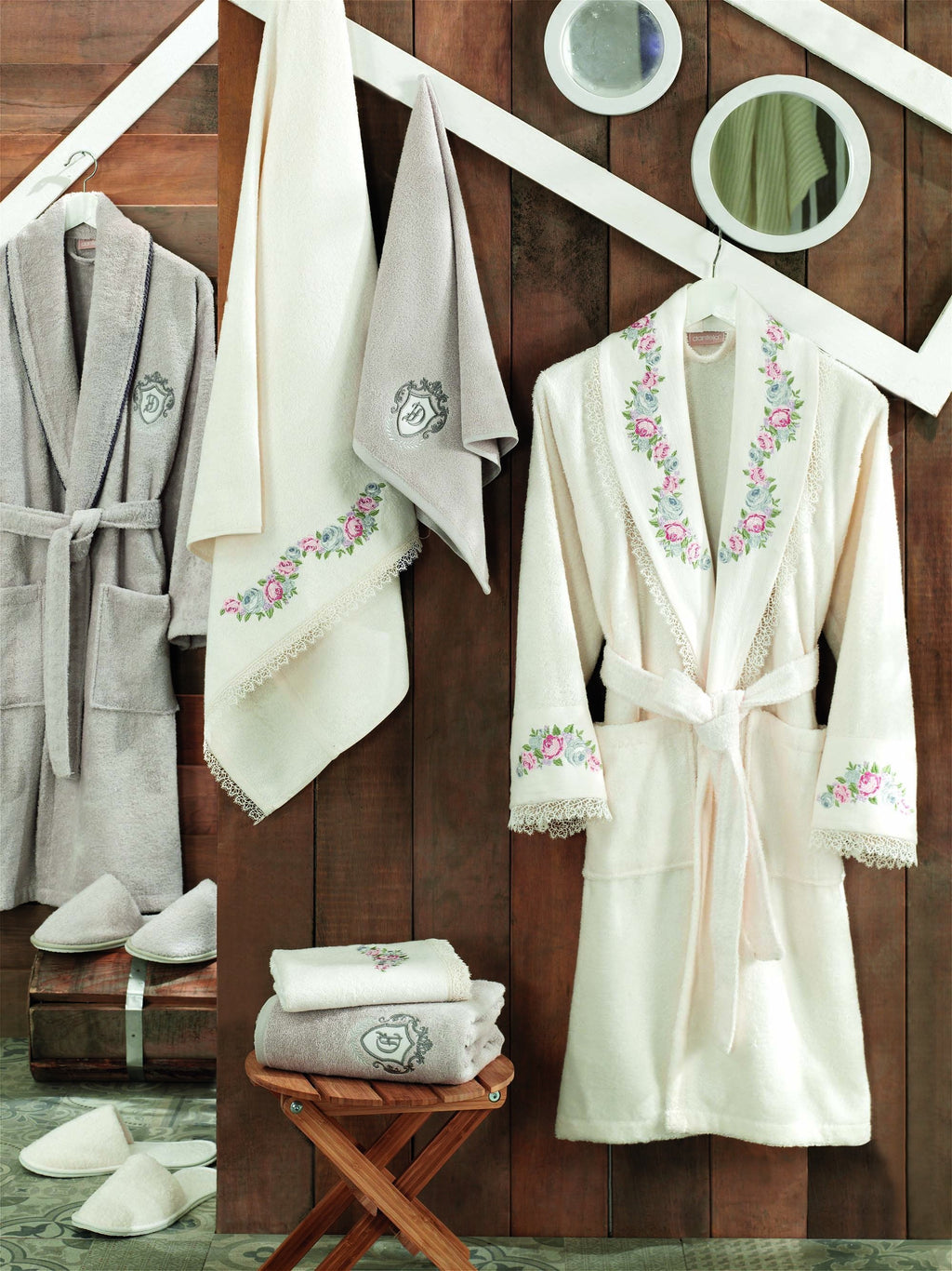 8PCS EMBROIDERED BAMBOO BATHROBE FAMILY SET WITH FRENCH GUIPURE - COTTONISH