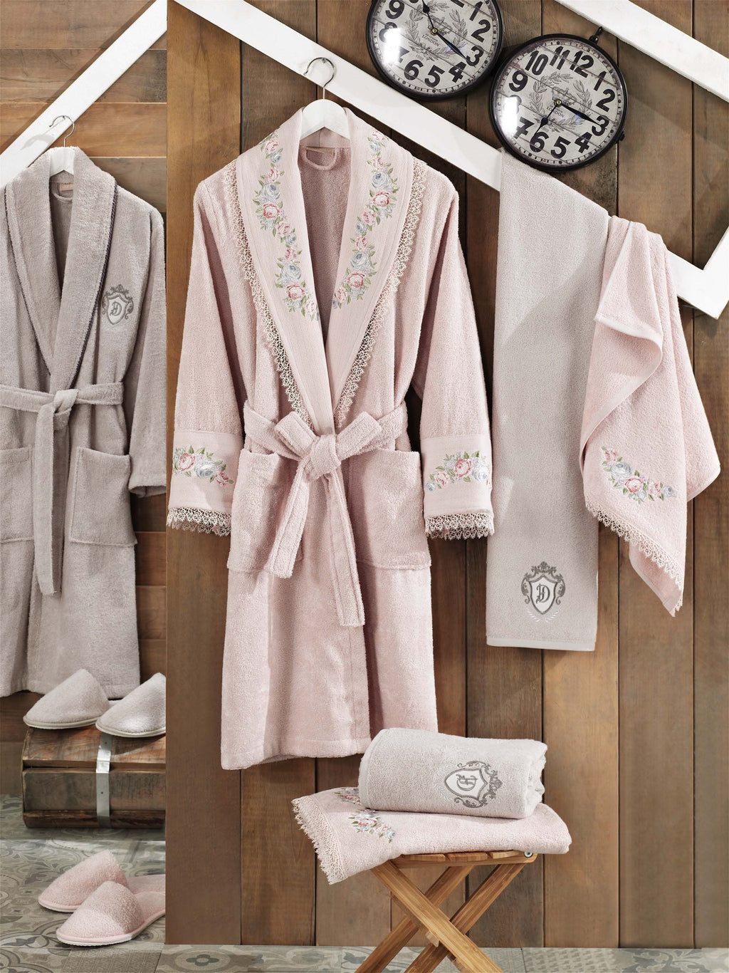 8PCS EMBROIDERIED BAMBOO BATHROBE FAMILY SET WITH FRENCH GUIPURE - COTTONISH