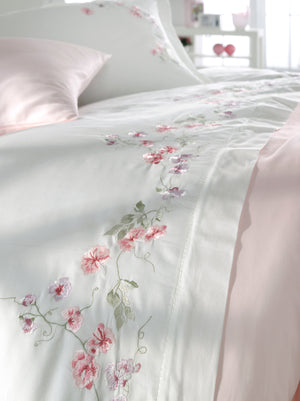 EMBROIDERY DECORATED FINE COTTON SATIN BEDDING SET - COTTONISH