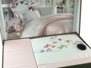 Luxury Simple Floral Bedding Set