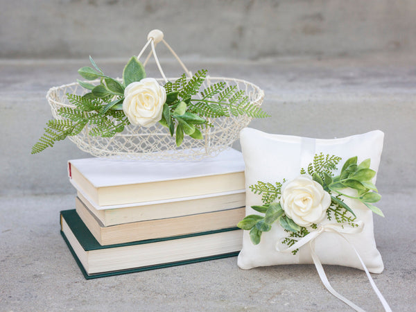 Mirabelle & Max: Cheerful Flower Girl Basket and Pillow Set