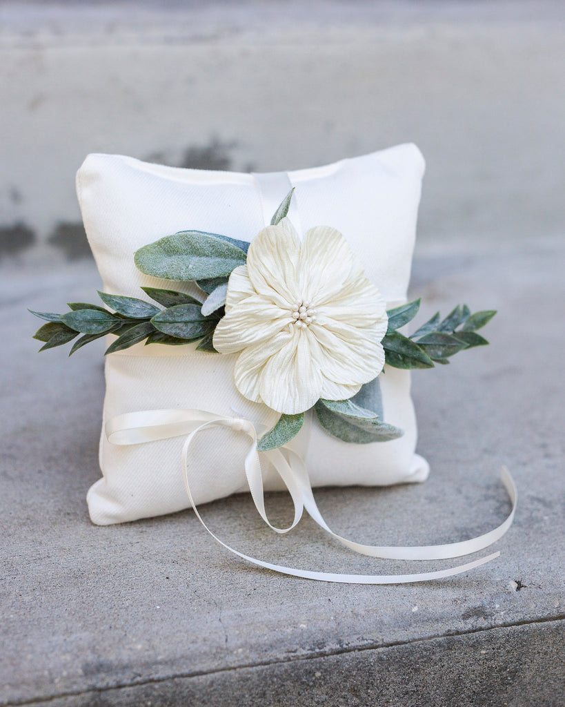 Rory | Ivory Wedding Ring Pillow