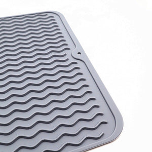 Eco-Friendly Silicone Reusable Non-slipping and Heat Resistant Dish Quick Drying Pad