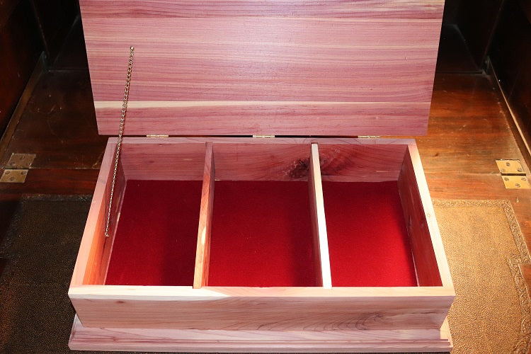 Executive Cedar Shine Box
