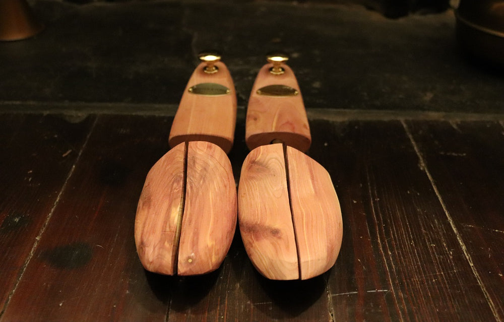 Executive Cedar Shoe Trees