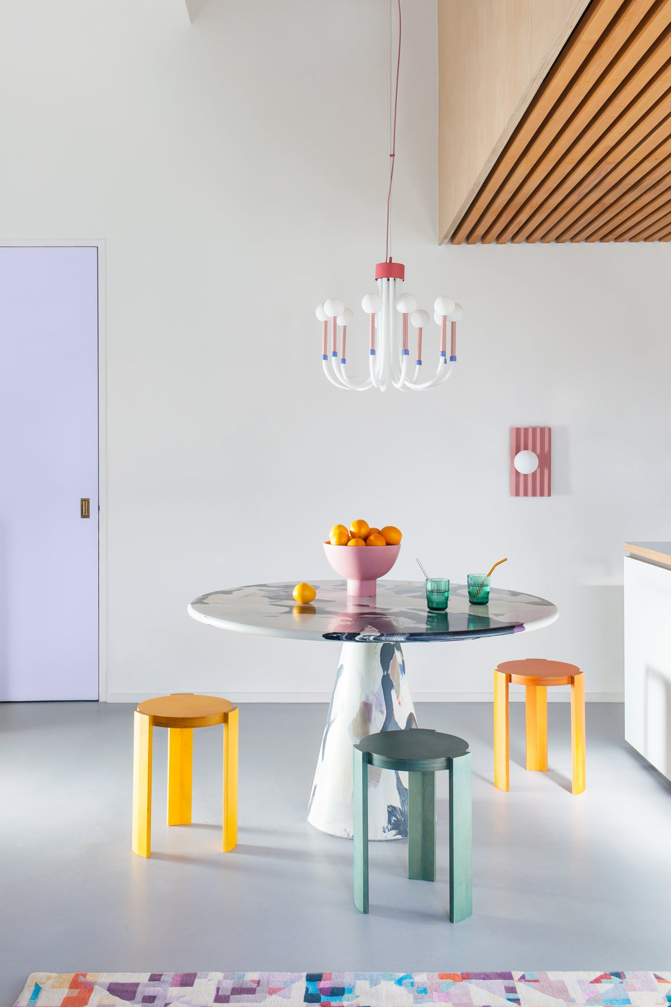 Wall light and dining table | houseof