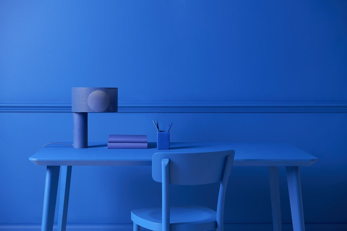 Pantone of the year Classic Blue | blue table lamp