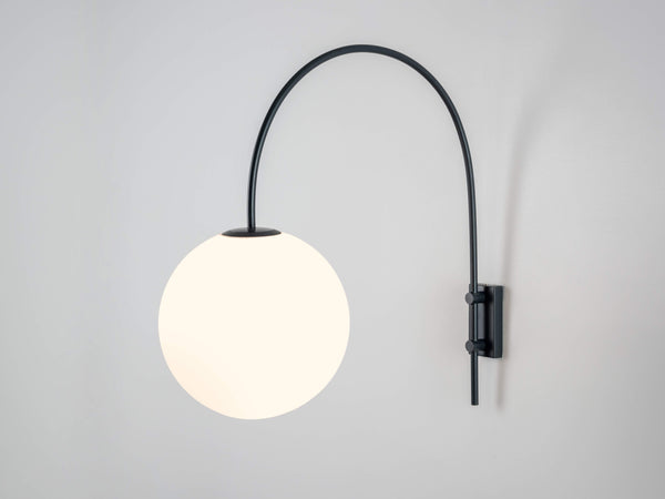 Curve wall light grey | on | houseof.com